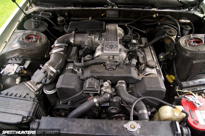 1UZ-V8