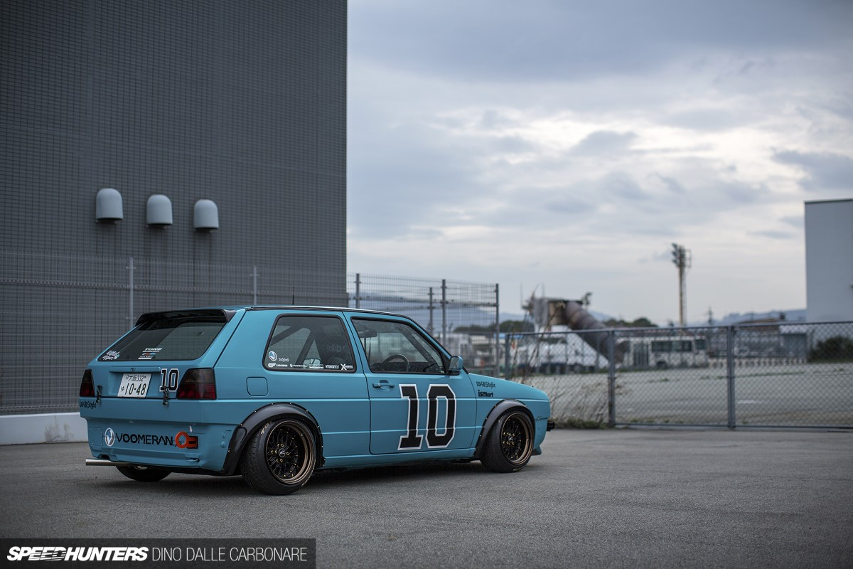 A golf cup car for the street speedhunters for Auto interieur tuning