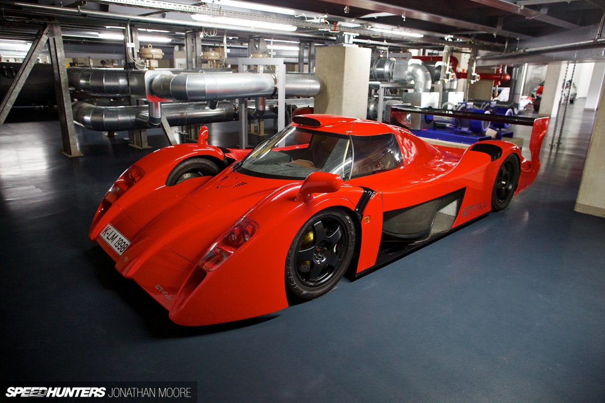 tunnel vision time travel with toyota speedhunters. Black Bedroom Furniture Sets. Home Design Ideas