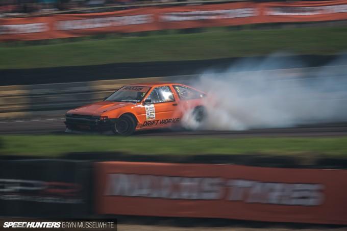 Driftworks AE86 V8 -10