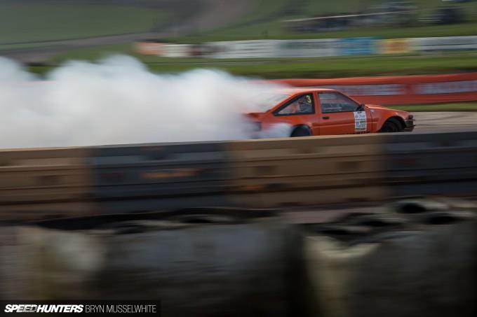 Driftworks AE86 V8 -3
