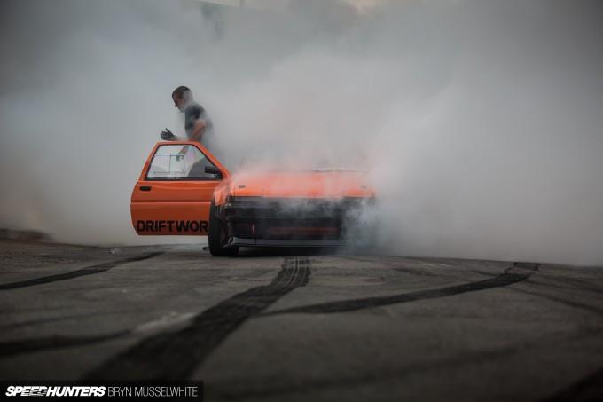 b Driftworks AE86 V8 -19