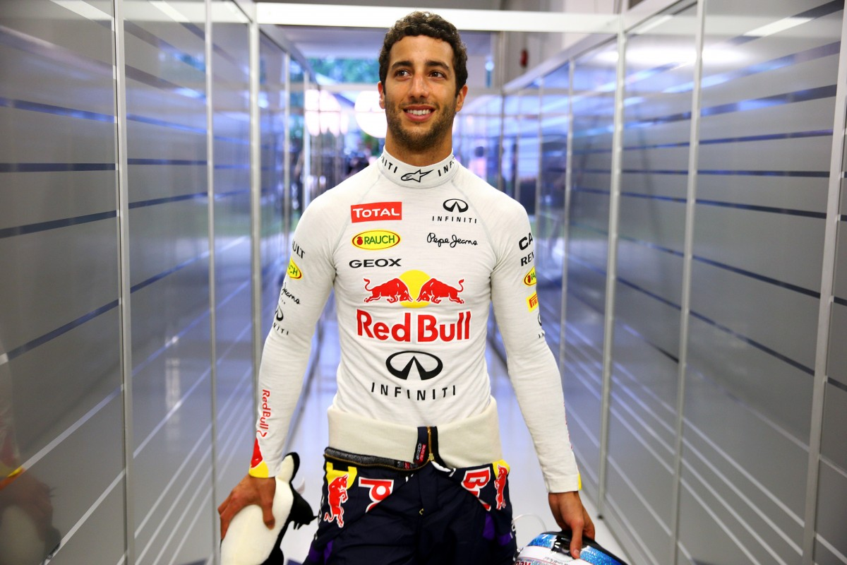 Daniel Ricciardo Answers Your Questions
