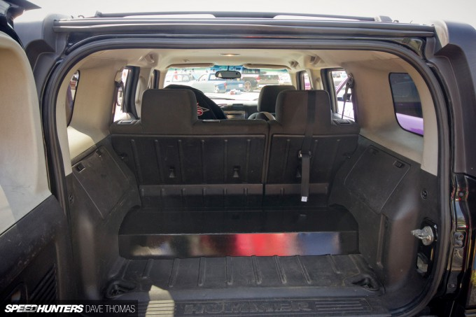 northern-showdown-bagged-bodied-hummer-interior