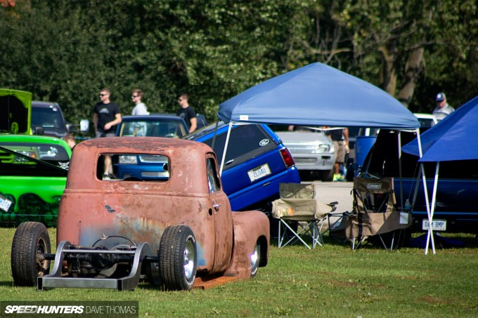 northern-showdown-works-garage-bagged-52-chevy-34