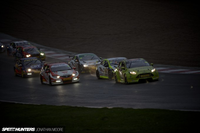 BTCC_Brands_Hatch_2014-002