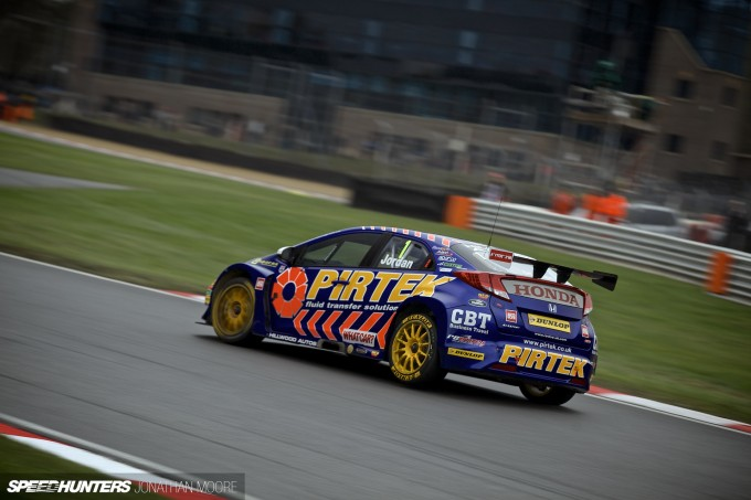 BTCC_Brands_Hatch_2014-003