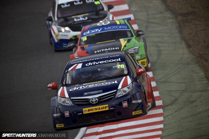 BTCC_Brands_Hatch_2014-006