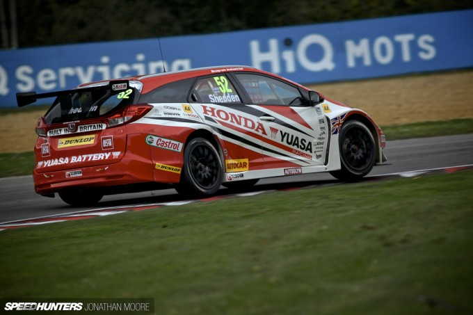 BTCC_Brands_Hatch_2014-007