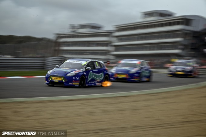 BTCC_Brands_Hatch_2014-008
