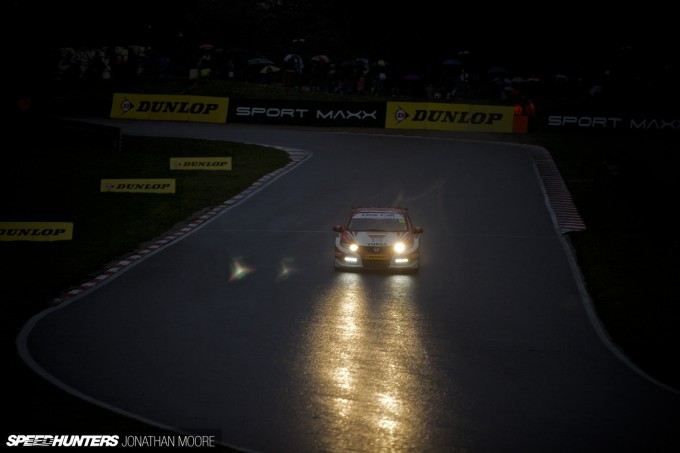BTCC_Brands_Hatch_2014-012