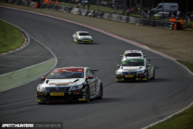 BTCC_Brands_Hatch_2014-013