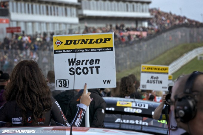 BTCC_Brands_Hatch_2014-014