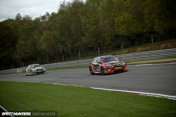 BTCC_Brands_Hatch_2014-031