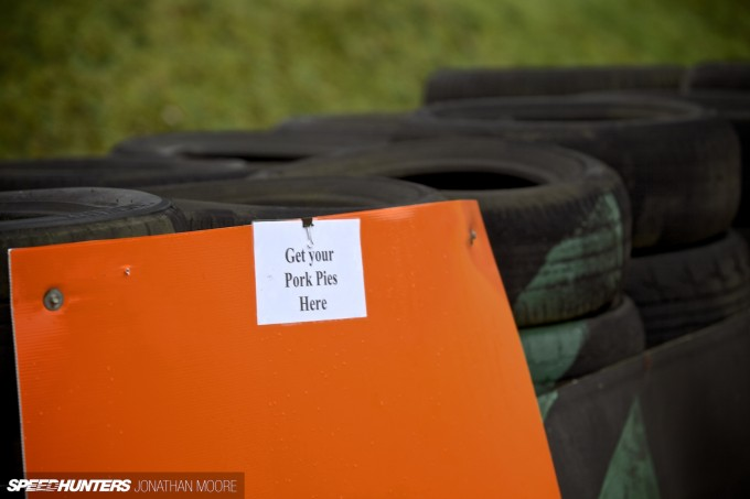 BTCC_Brands_Hatch_2014-043