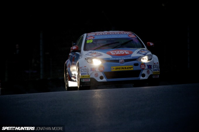 BTCC_Brands_Hatch_2014-047