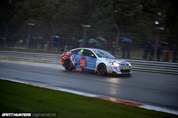 BTCC_Brands_Hatch_2014-051