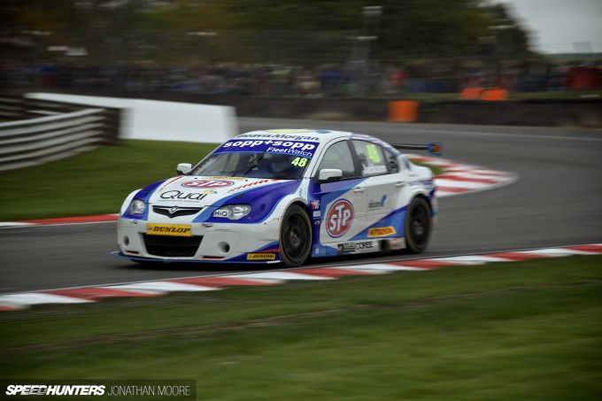 BTCC_Brands_Hatch_2014-053