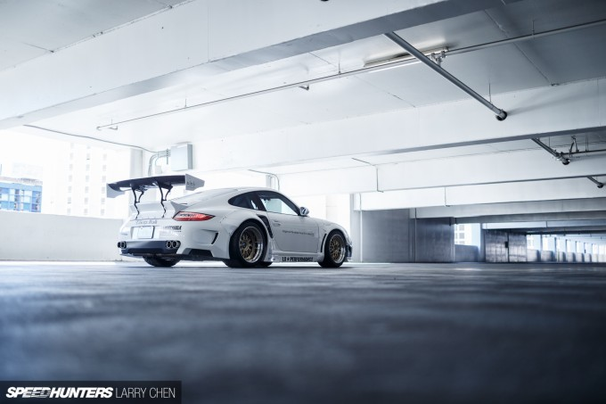 Larry_Chen_Speedhunters_libertywalk_997_Turbo-14