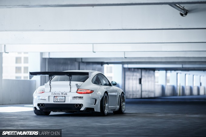 Larry_Chen_Speedhunters_libertywalk_997_Turbo-22