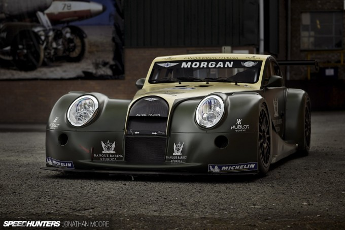 Photo shoot of the 2009 Morgan Aero 8 GT3 racecar which ran in that year's FIA GT3 Championship