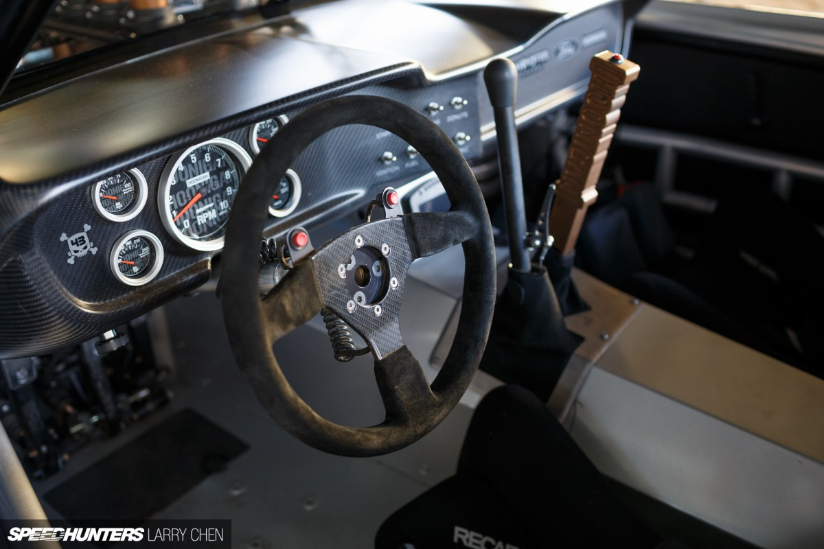 ford mustang interior automatic stunning click image for larger version name auto shifter jpg. Black Bedroom Furniture Sets. Home Design Ideas