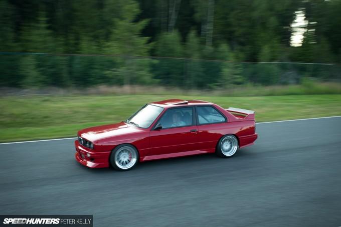 BMW-E30-35