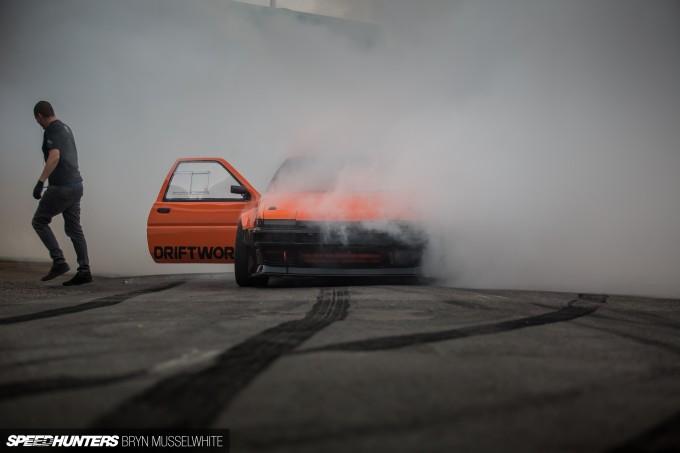b Driftworks AE86 V8 -20