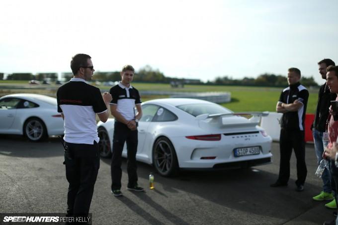 Porsche Driving School25