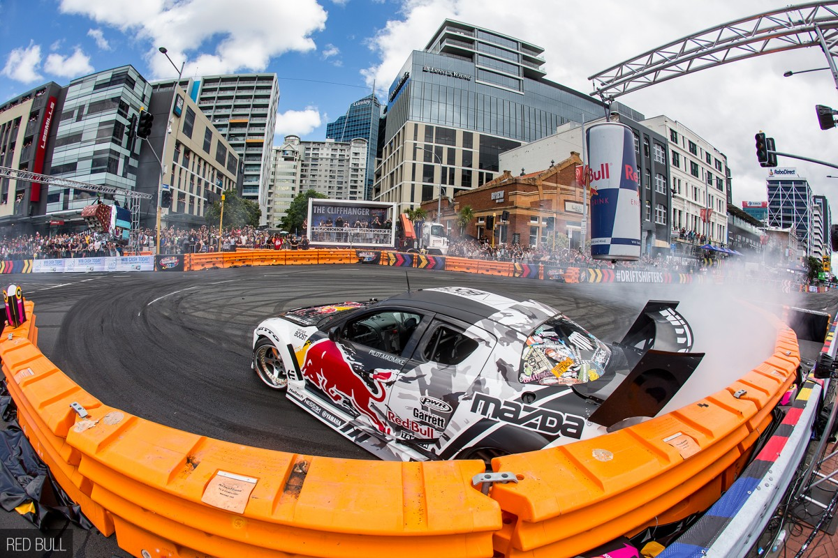 Is This The Future Of Drifting? <br /> Red Bull Drift Shifters