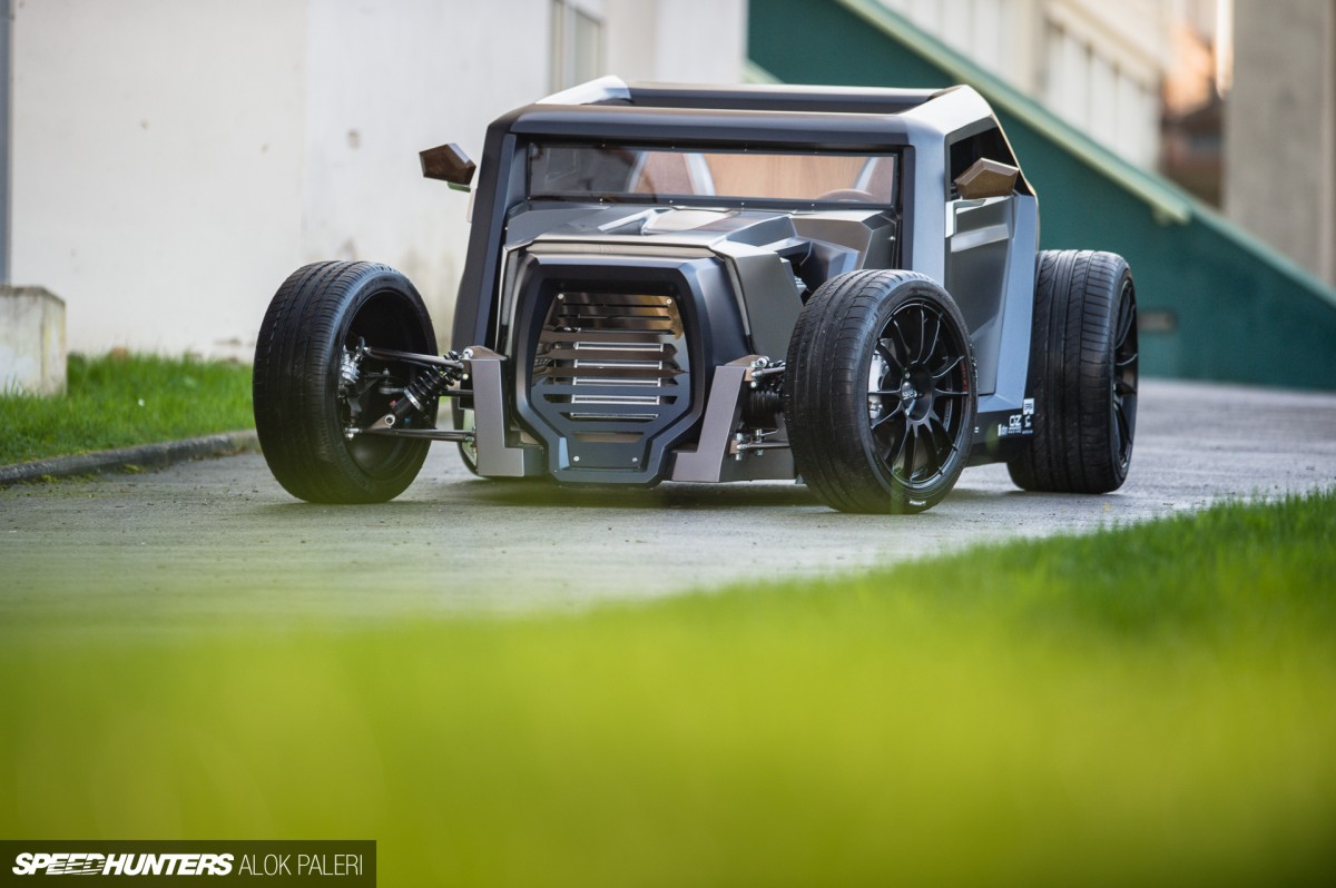 Hot Rod From Space:<br />The Sbarro Eight&nbsp;Concept