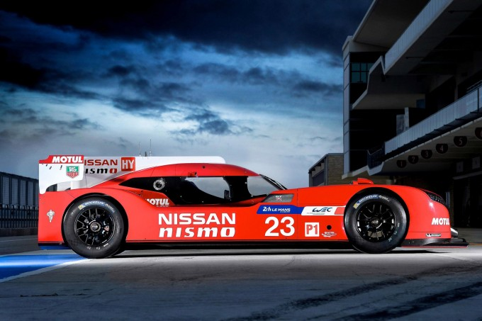 Nissan GT-R LM NISMO static side