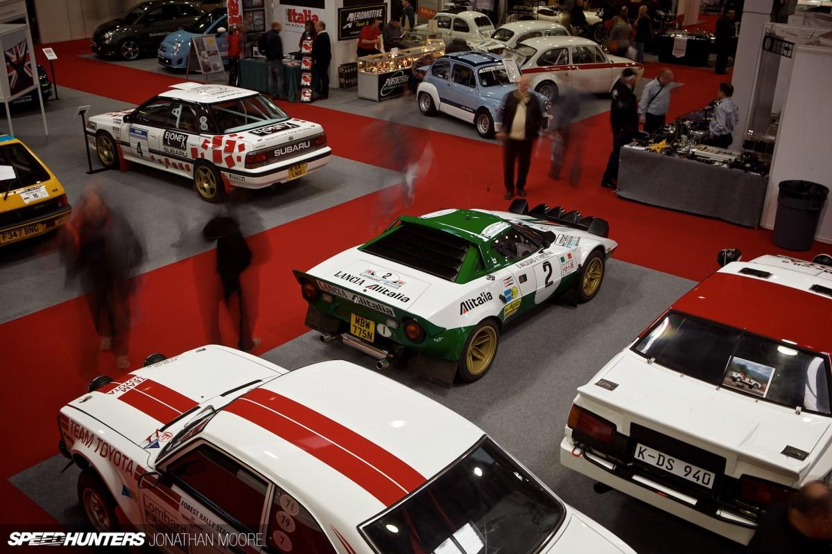 Speeding Past At RaceRetro
