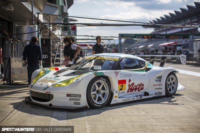 SuperGT-Fuji-Pits-32