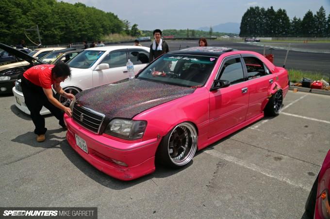 Pink-Crown-05