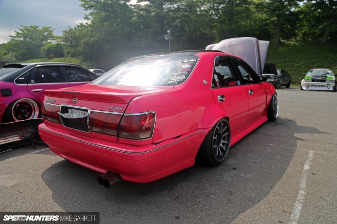 Pink-Crown-07
