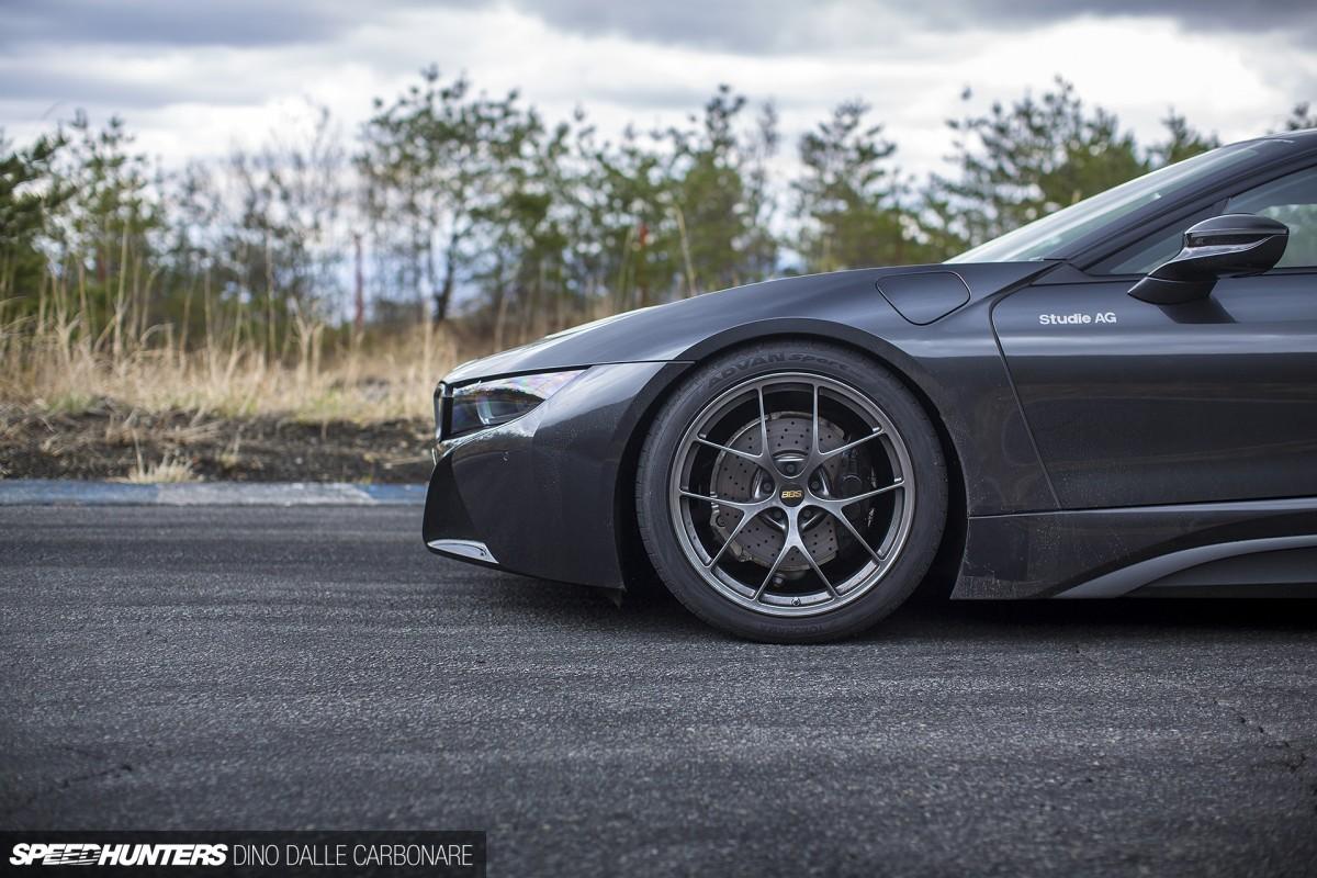 Hammering Studie AG's BMW i8 AroundEbisu
