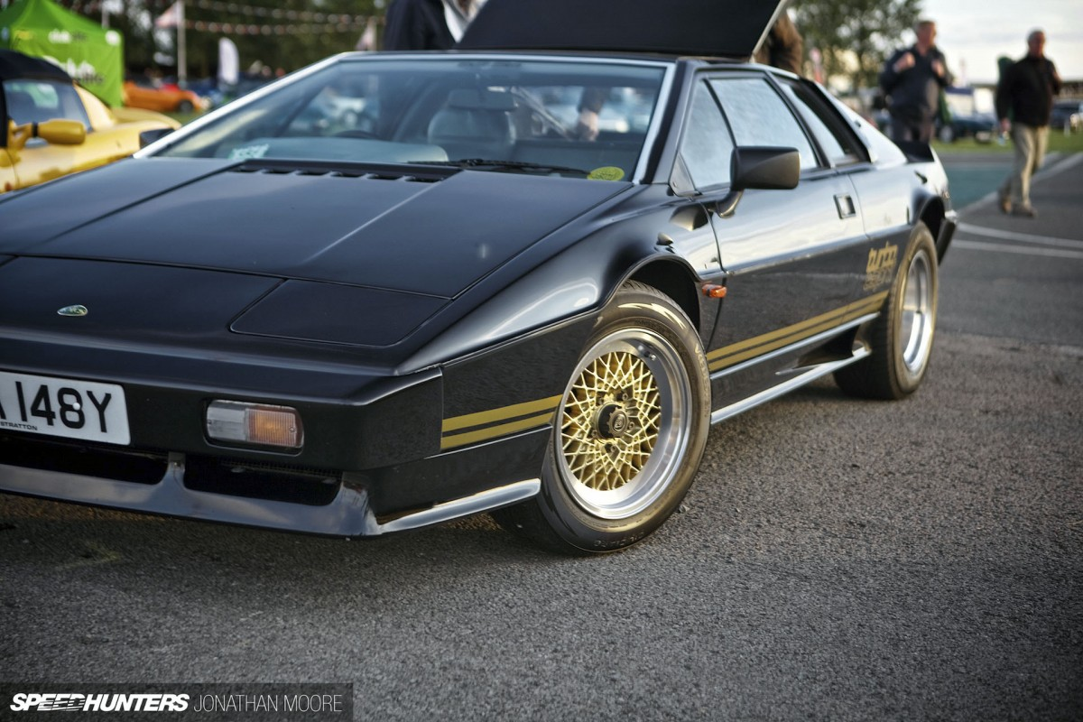 Wedge Style At Silverstone: <br/>Worshipping The Esprit&nbsp;Club