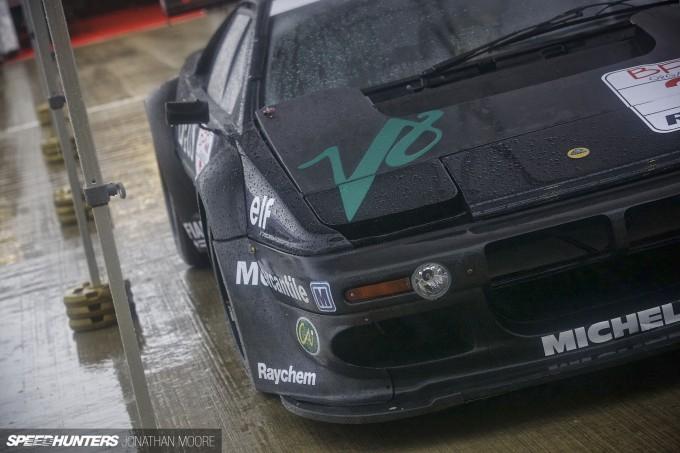 Silverstone_Classic_2015-Lotus_Esprit-017
