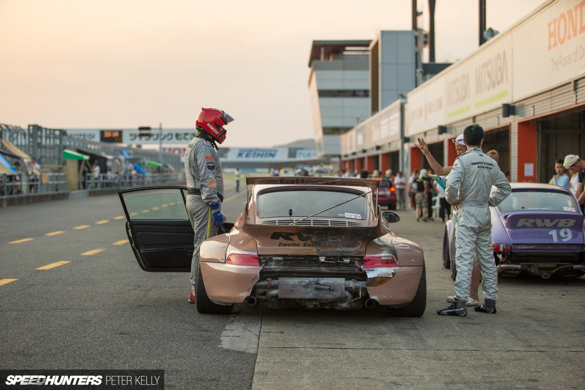 The Speedhunters Go Racing, Carnage Ensues