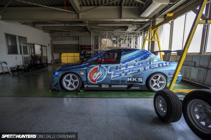 Incroyable ... HKS R33 Drag GTR 34 .