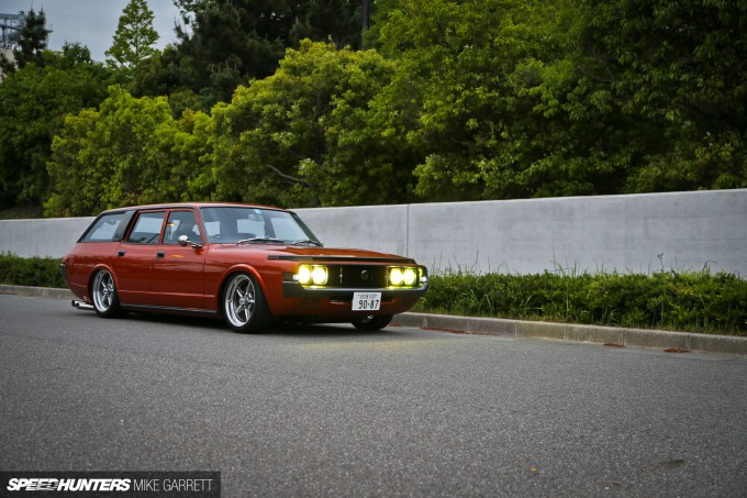 V8-Crown-Wagon-11 copy