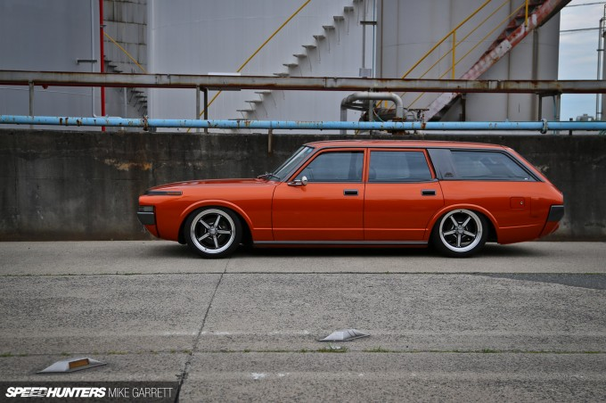 V8-Crown-Wagon-14-2 copy