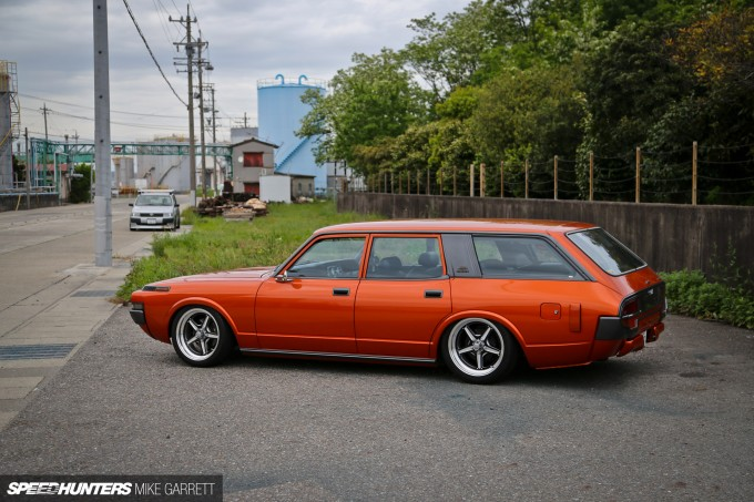 V8-Crown-Wagon-2 copy