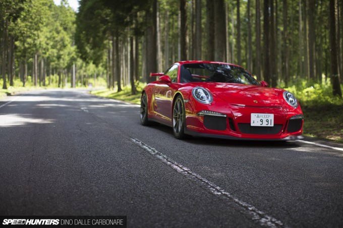 911-GT3-Drive-01