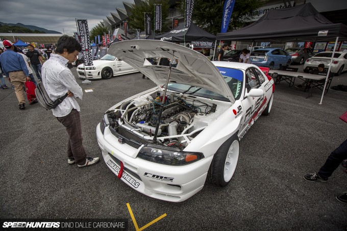 Rs-Meeting-R33-Drift-09