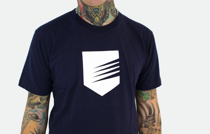 sh_t-shirt_sheild_front_navy