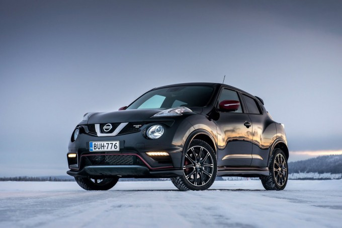 Nissan-Juke_Nismo_RS_2015_1600x1200_wallpaper_02