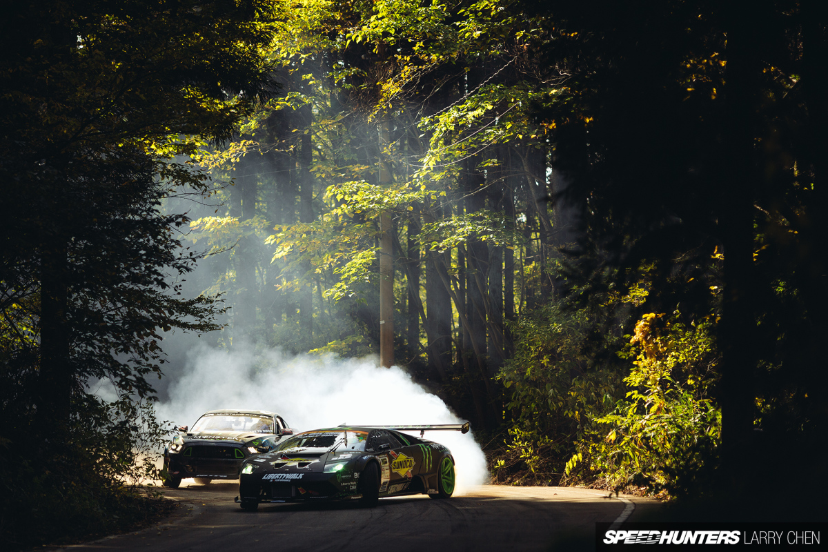 Battle Drift: Mustang Vs. Lambo