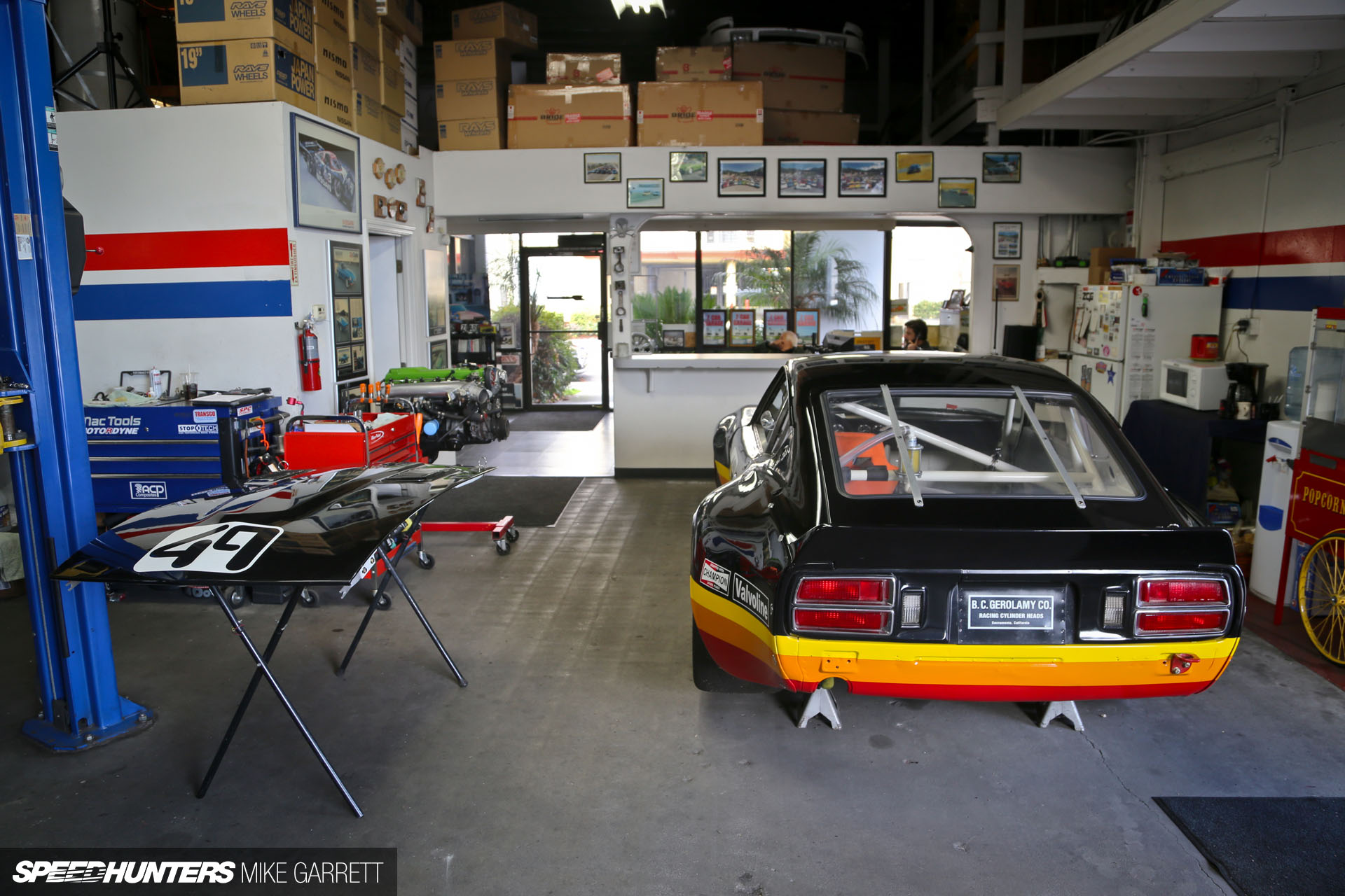 Z car garage where datsun geeks rule anything cars for Garage happy car